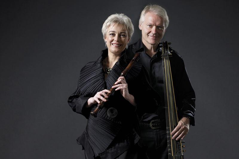 Michala Petri & Lars Hannibal
